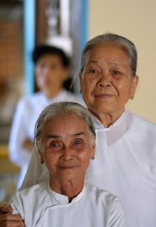 Vietnamesinnen in Nah Trang - Robert B. Fishman