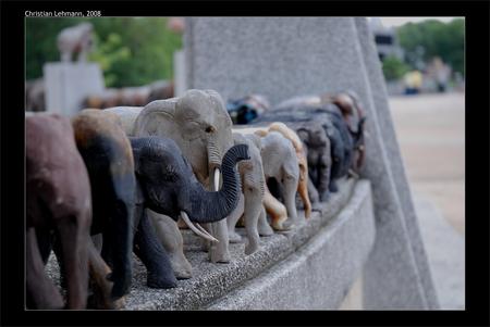 Christian Lehmann Elefanten in Thailand Buddhismus