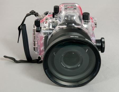 E-410 im Unterwassergehäuse frontal W.D.Roth