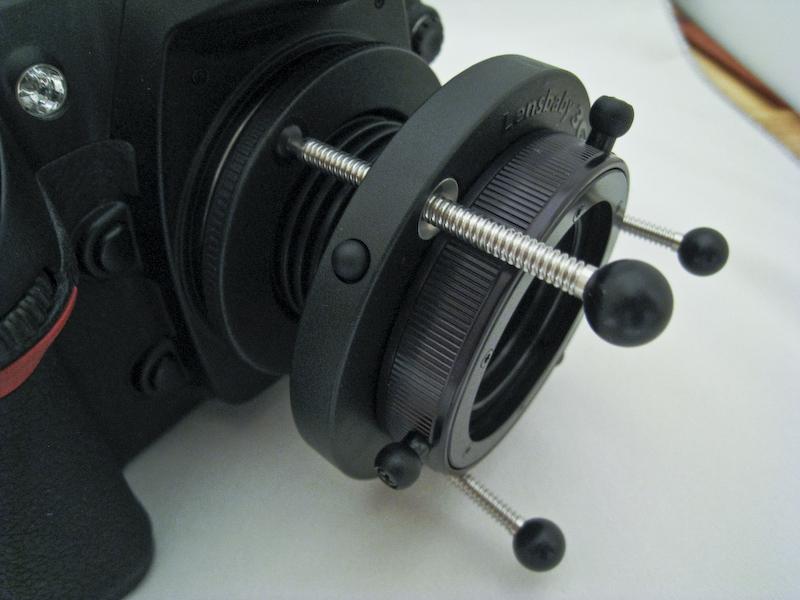 Lensbaby an Nikon D200: Feststellknopf