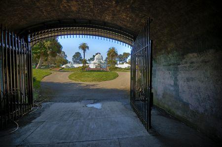 Highspeed-HDR-Bild, bestehend aus fünf Aufnahmen von +2EV bis -2EV rund um ein mittenbetont gemessenes Bild. In Lightroom nachbearbeitetes TIFF. (© PS/fokussiert.com)