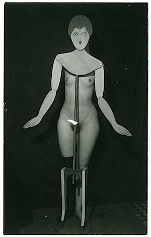 Man Ray: Kleiderständer, 1920