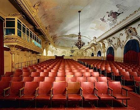 Robert Polidori: Sala Alejo Carpentier Gran Teatro de la Habana, Havana 2000