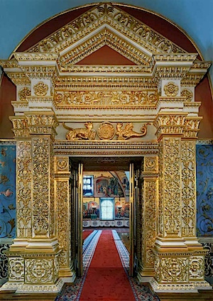 Robert Polidori: The Door into the faceted chamber Kremlin, Moscow 2005