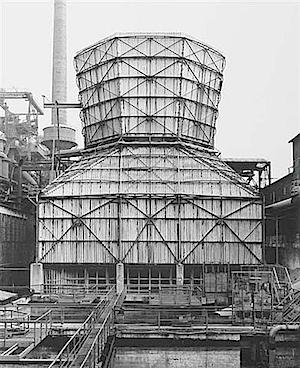 Bernd und Hilla Becher: Kühlturm, Hagen-Haspe, 1969