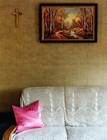 Jessica Backhaus, Pink Pillow, 2002, (aus Jesus and the Cherries)