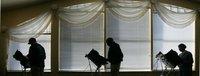 Morgenlicht im Versammlungsraum der Pensionärssiedlung Madison in Missouri, wo die Einwohner wählen. (Keystone / AP / Rogelio V. Solis)