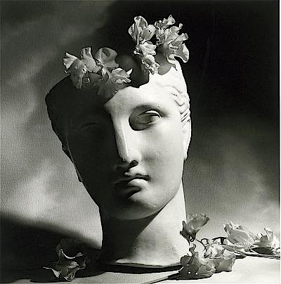 Horst P. Horst: Classical Head with Flowers, 1988, © Horst P. Horst / Art + Commerce