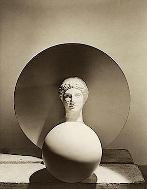 Horst P. Horst: Classical Still Life - circle, disk, bust, 1937, © Horst P. Horst / Art & Commerce