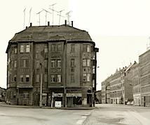 Hubert Becker: Erich-Ferl-Straße (nach Thomas Struth), 2000