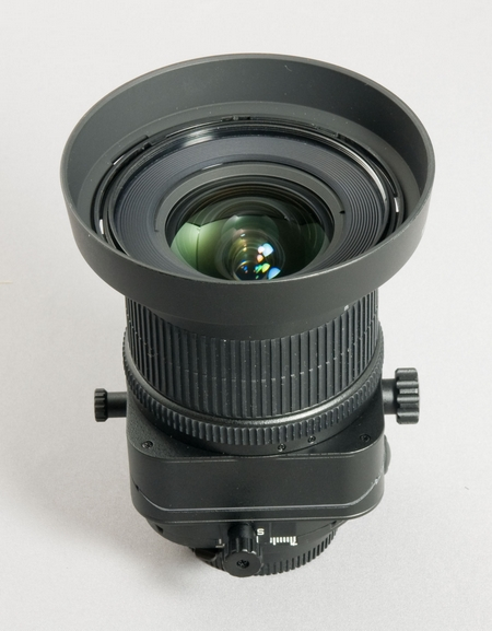 Das Nikkor PC-E 24 mm 1:3,5D ED (Bild: W.D.Roth)