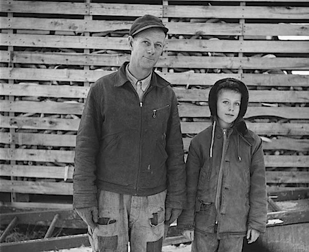John Szarkowski: Mr. Anderson: Mr. Anderson and son, near Sandstone, Minnesota, 1957. © Estate of John Szarkowski