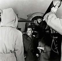 Susanne Schapowalow: Duke Ellington am Flughafen Hamburg, 1960