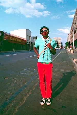 Nontsikelelo 'Lolo' Veleko: Kepi in der Bree Street - aus der Serie Die Schönheit liegt im Auge des Betrachters, 2004