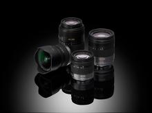 Die vier verfügbaren Mini-Four-Thirds-Objektive