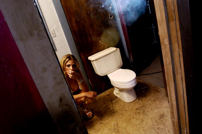 Sexual Tension (© Elyse Butler, 2004)