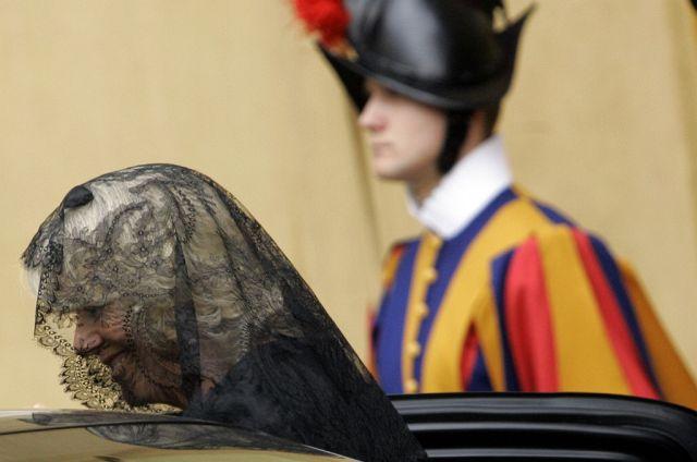 Camilla beim papst (Keystone)