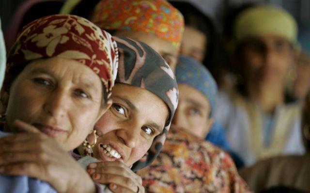 Kashmiri Wählerinnen (keystone)