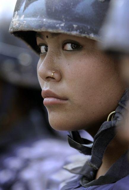 Nepalesische Polizistin (keystone)
