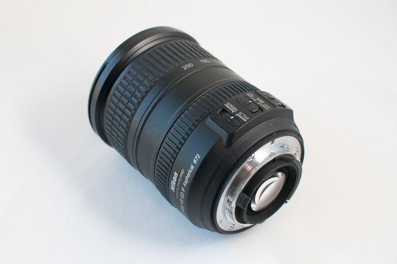 Nikon Nikkor AF-S DX 18-200mm VR 1:3.5-5.6 (ps)
