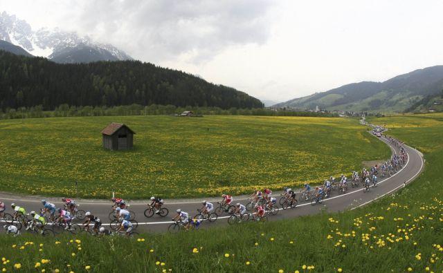 Das feld des Giro D'Italia (keystone)