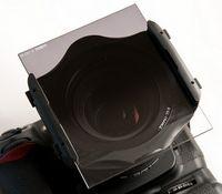 Der Cokin-Filterhalter auf der Nikon.