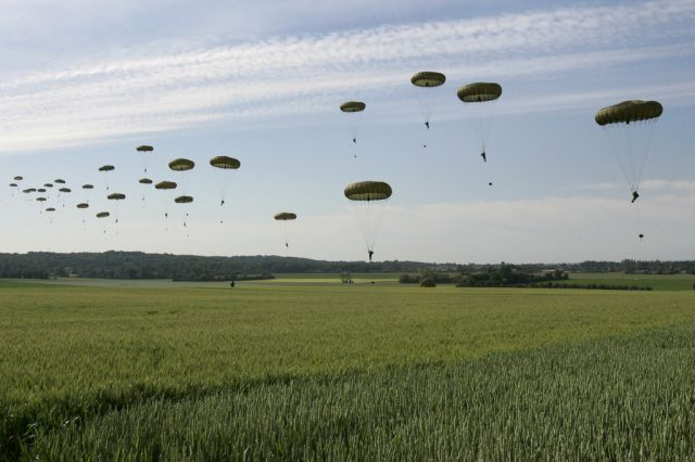 Englische Paratroopers, D-Day (keystone)