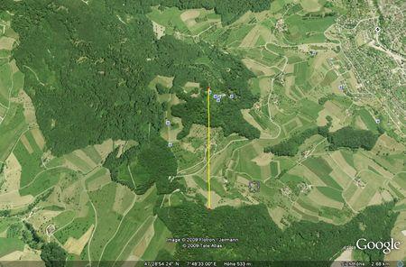 Die Sissacher Fluh mit einem in Google Earth eingezeichneten Linieal mit 132 Grad Blickrichtung.