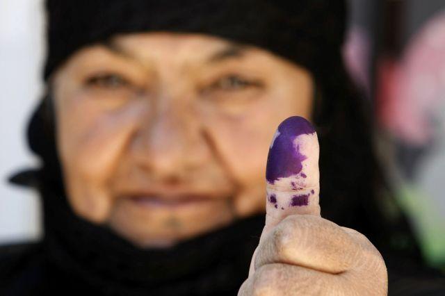 Libanesische Wählerin (keystone)