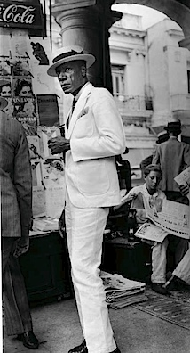 Walker Evans: Citizen in Downtown Havana, 1933