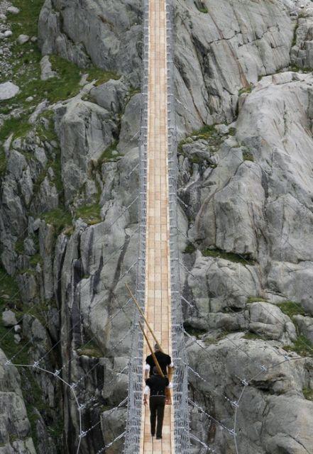 Alphornbläser Triftbrücke (keystone)