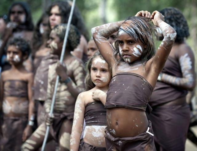 Aborigines beim Tanz (keystone)