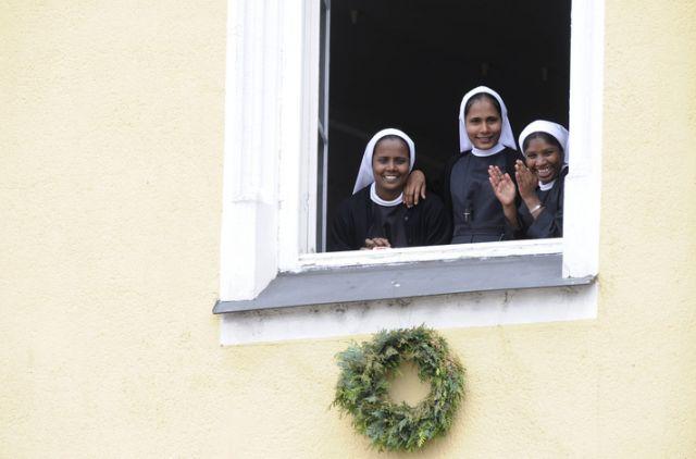 Drei Ordensschwestern (keystone)
