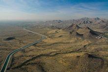 Luftaufnahme eines Aquädukts nördlich von Phoenix, Arizona. (©PS)