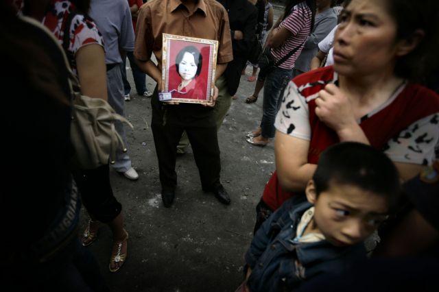 Verzeiwefelte chinesische Eltern (keystone)