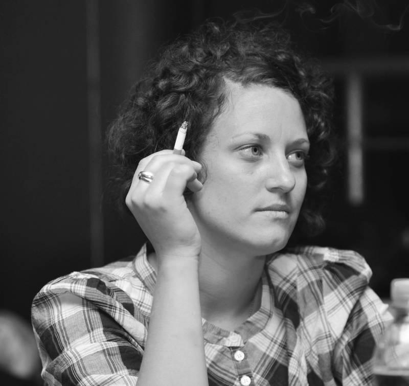 Spontanes Schwarz-Weiss Porträt: Tücke des Moments