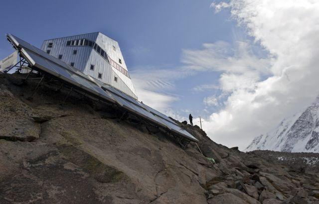Monte Rosa Alphütte (keystone)