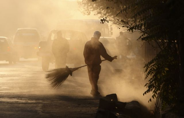 Afghanischer Strassenwischer (keystone)