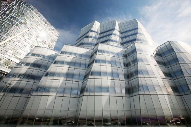 IAC Gebäude (keystone)