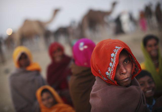 Frauen am Kamelmarkt (Keystone)