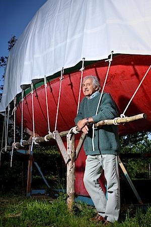 Wilfried Erdmann, 69, Weltumsegler, aus der Serie SILVER HEROES, Goltoft, D 2009 © Karsten Thormaehlen