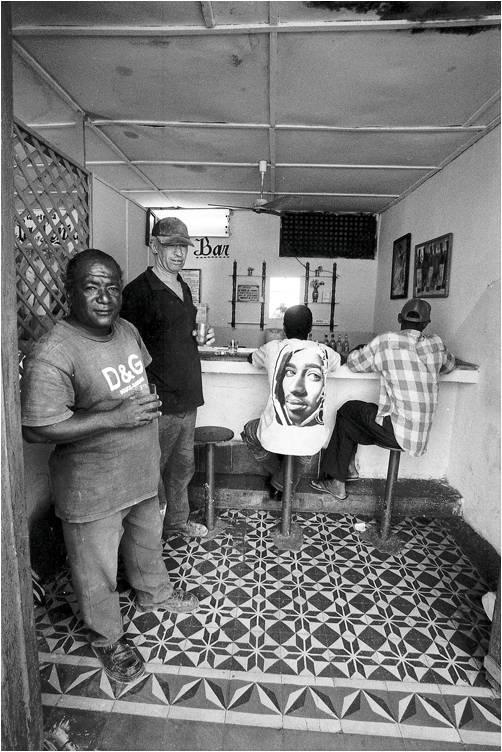 Strassenbar auf Kuba: Eine angemessene Atmosphäre
