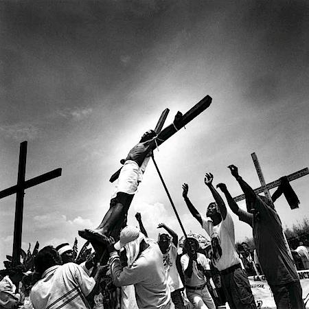 Giorgia Fiorio: Karwoche, San Pedro Cutud, Pampanga, Philippinen 2000