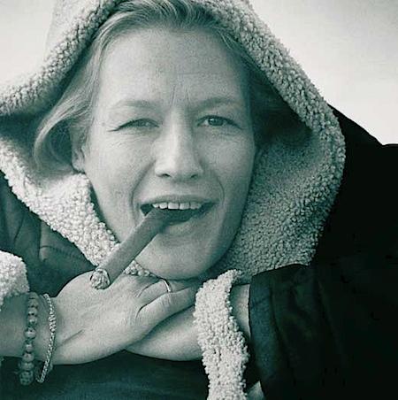 Konrad Rufus Müller: Schauspielerin Suzanne von Borsody, 1999, fotografiert am Flughafen München