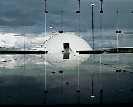 Thomas Florschuetz: Roter Faden Architektur