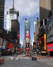 Times Square © 2009 Samuel Raymann