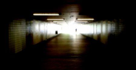 Konzeptbild: Nur Licht am Ende des Tunnels
