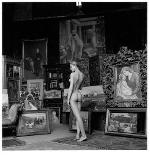 Jeanloup Sieff: Nu pompier, Paris, 1956