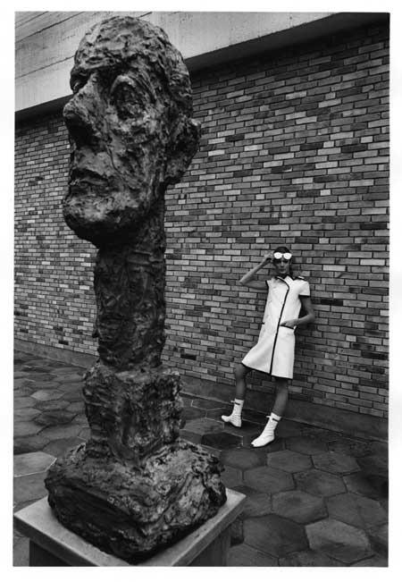 Jeanloup Sieff: Courrèges-Mode, Fondation Maeght, 1965