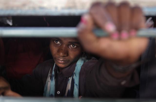Zugpassagier in New Delhi, Indien (AP/KEystone/Manish Swarup)